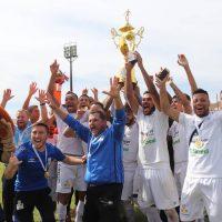 Foto: elenco comemora título da segunda divisão do Campeonato Paranaense em 2019 - Divulgação/PSTC